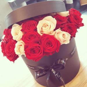 Розы в шляпной коробке #8